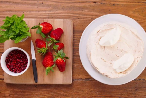 "New World ""Recipes: Pavlova"""